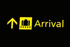 De tekens van de luchthaven - aankomst Stock Foto's