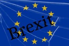 De tekst Brexit op het gebroken glas Het concept een Britse uitgang van de Europese Unie royalty-vrije illustratie