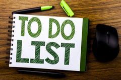De tekst die van de handschriftaankondiging Lijst Bedrijfsconcept voor Plan tonen te doen maakt een lijst van Remider die op de n Royalty-vrije Stock Fotografie