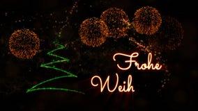 De tekst van vrolijke Kerstmis in de Duitse animatie van 'Frohe Weihnachten' met pijnboomboom en vuurwerk stock videobeelden