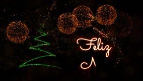 De tekst van vrolijke Kerstmis in de Portugese animatie van 'Feliz Natal' met pijnboomboom en vuurwerk stock video