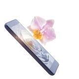 De telefoon wordt aangesloten aan de Orchidee royalty-vrije stock foto