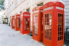 De Telefooncellen van Londen stock afbeeldingen
