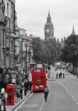 De telefoondoos en bus van Londen Stock Foto's