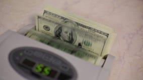 De Tellende Machine van het geld stock footage