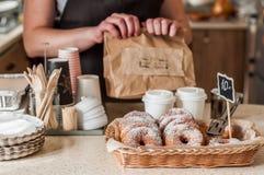 De Teller van de doughnutopslag Stock Fotografie