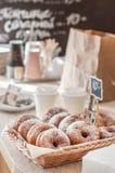 De Teller van de doughnutopslag Stock Afbeeldingen