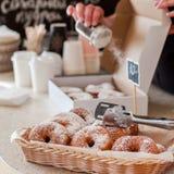 De Teller van de doughnutopslag Stock Foto