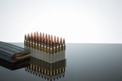 223 de telling van munitie 50 Stock Foto's