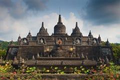 De tempel Bali van Banjarbudhist Stock Foto's