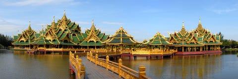 De tempel complex op het water Royalty-vrije Stock Foto