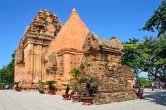 De tempel complexe Po Nagar, de toren van Ponagar Cham Nha Trang vietnam stock fotografie