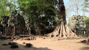 De tempel van Angkorthom complex in Kambodja stock videobeelden