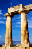 De tempel van Apollon in corinth stock afbeelding