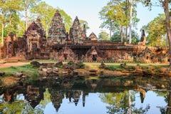 De tempel van Banteaysrei Stock Afbeelding