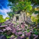 De tempel van Beng Mealea of van Stopmealea Siem oogst Angkor kambodja stock afbeelding