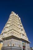 De Tempel van Chamundeshwari van Sri op Heuvel Chamundi binnen Royalty-vrije Stock Afbeeldingen