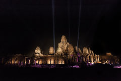 De tempel van de Bayontempel bij nacht Royalty-vrije Stock Foto's