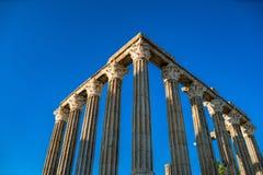 De tempel van Evora is één van de historische plaatsen van citty van E stock foto