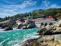 De Tempel van Haedongyonggungsa Busan, Zuid-Korea royalty-vrije stock foto