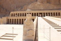 De tempel van Hatshepsut dichtbij Luxor in Egyp Stock Foto's