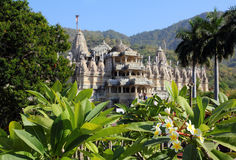 De tempel van het hindoeïsme ranakpur in India Stock Afbeelding