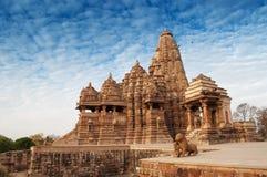 De Tempel van Kandariyamahadeva, Khajuraho, India Stock Afbeeldingen