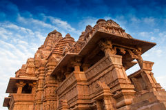 De Tempel van Kandariyamahadeva, Khajuraho, India - Unesco-plaats Stock Afbeeldingen
