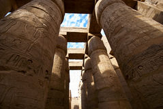 De tempel van Karnak stock afbeeldingen