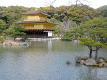 De tempel van Kinkakuji, Kyoto, Japan Stock Afbeeldingen