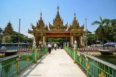 De Tempel van Mahamuniboedha in Yangon, Myanmar Stock Fotografie