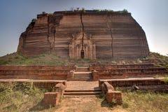De tempel van Mingunpahtodawgyi in Min Kun, Myanmar Royalty-vrije Stock Foto's