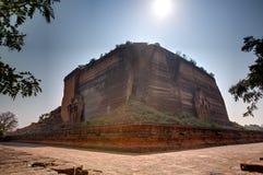 De tempel van Mingunpahtodawgyi in Min Kun, Myanmar Stock Foto's