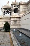 De Tempel van Neasden - de Hindoese Mens van Baps Shree Swaminarayan Royalty-vrije Stock Foto's