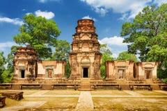 De tempel van Prasatkravan is Khmer monument in Angkor Wat, Kambodja Stock Foto's