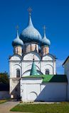 De tempel van Rozhdestvenskiy in Suzdal Stock Afbeeldingen