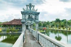 De tempelpaleis van het Karangasemwater in Bali Stock Foto's