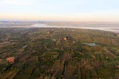 De Tempels en Pagoden van Bagan Pagan hierboven worden de gezien van, Mandalay dat, Myanmar royalty-vrije stock afbeelding