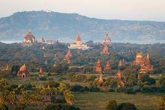 De Tempels en Pagoden van Bagan Pagan hierboven worden de gezien van, Mandalay dat, Myanmar royalty-vrije stock foto's