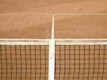De tennisbaan met lijn en netto (120) oud zien eruit Royalty-vrije Stock Foto