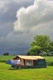 De tent van de aanhangwagen het kamperen Stock Afbeelding