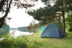 De tent van de toerist stock afbeelding