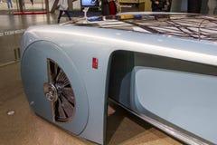 De tentoonstelling bij BMW-Museum stelt gewaagde conceptenauto van toekomst voor - luxueuze 103EX-broodje-Royce VISIE DAARNA 100, stock fotografie