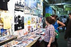 De tentoonstelling van de kunst in Kunsthaus Tacheles Stock Afbeeldingen