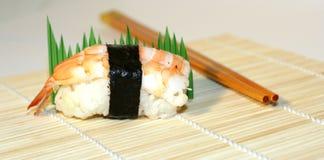 De tentoonstelling van sushi stock afbeelding