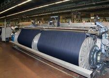 De textiel industrie (denim dat) - weeft Stock Afbeeldingen