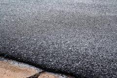 De textuur van de asfaltweg met selectieve nadruk royalty-vrije stock afbeelding