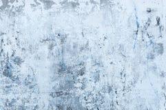 De textuur van bevlekt grijs beton met gepeld vergoelijkt Royalty-vrije Stock Afbeeldingen