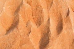 De textuur van het de woestijnzand van Doubai De duinen van het zand bij zonsondergang Stock Afbeelding