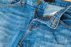 De textuur van jeans Stock Afbeeldingen